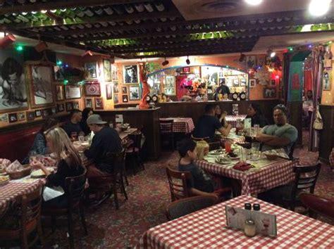 buca di beppo kitchen table reservations buca di beppo picture of buca di beppo honolulu