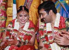 Wedding Chunni Sneha Prasanna Marriage Stills Prasanna Sneha Wedding Photos Moonramkonam Now