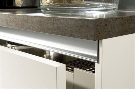 c kitchen handleless kitchens from lwk kitchens