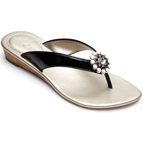 lindsay phillips slippers lindsay phillips switchflops gwen sandal black