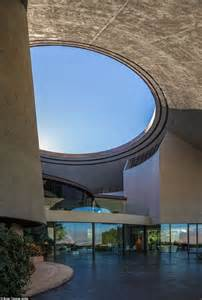 bob and flora s new house bob hope s controversial space age estate drops to 25