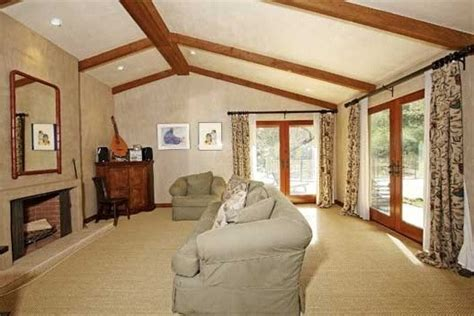 rent bea arthur s brentwood home for 32 500 see photos