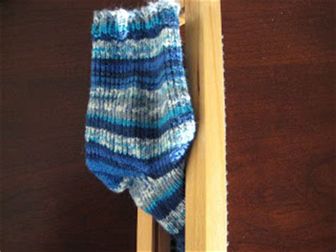 sock knitting blogs rhonda s knitting sock loom progress