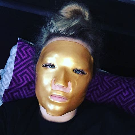 Collagen Chest Mask review 24k gold collagen masks and