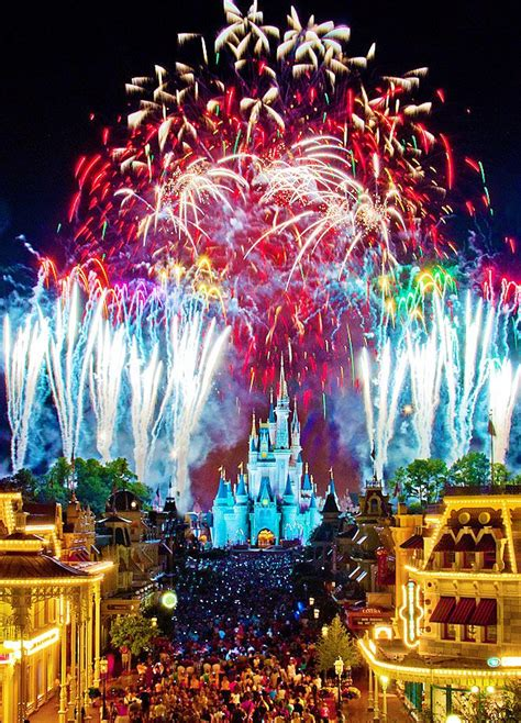 10 of fireworks shows at disney s theme parks 10 best images about yes i own