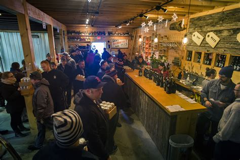 tree house brewing at tree house brewing beer lovers are willing to wait hours wbur news