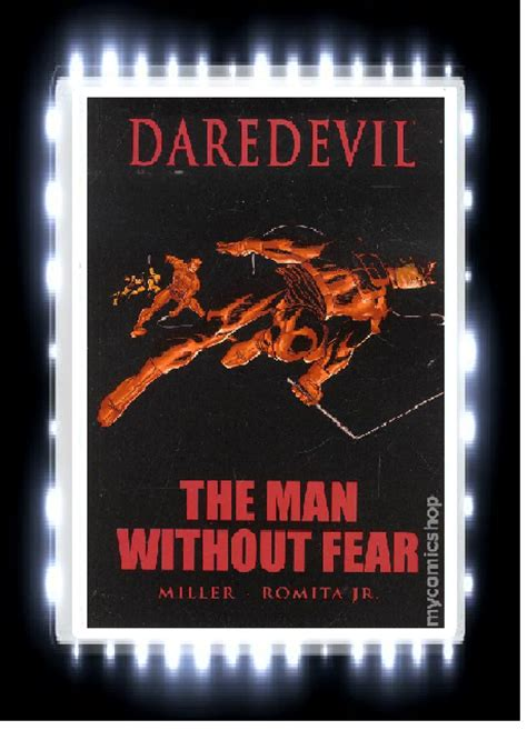 libro daredevil the man without rabbit ears book blog book review daredevil the man without fear by frank miller