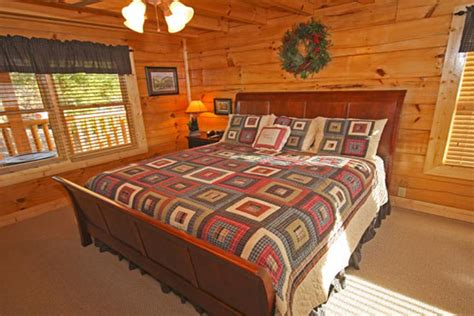 cheap 1 bedroom cabins in gatlinburg tn 169 3 days 2 nights pigeon forge timeshare cabin deal