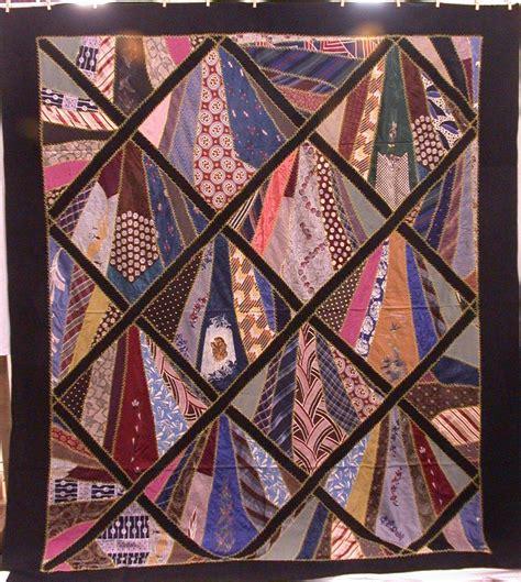 feliz necktie quilt