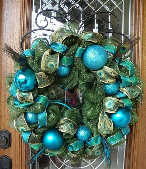 peacock wreath holiday decorating ideas pinterest