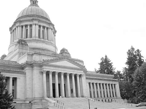 washington state proposes 35000 cap on sales tax new washington bill another attack on flavors vapor puffs