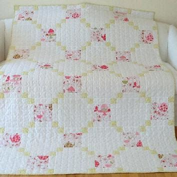 Shabby Chic Nursery Bedding Uk by Shabby Chic Bedspreads Quilts Co Nnect Me