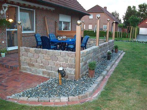 terrasse sichtschutz terrasse sichtschutz windschutz aufgemauert gr 252 ner