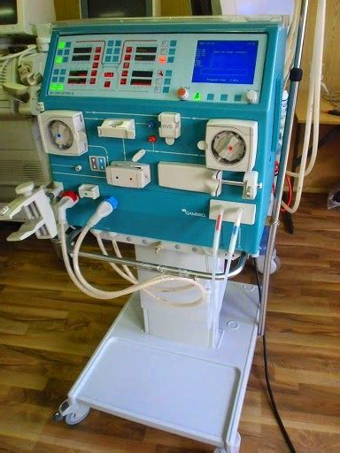 Mesin Cuci Darah Hemodialisa distributor alat hemodialisa ubpreneur