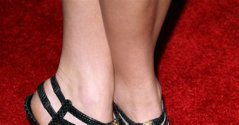 celebrity dresm feet nikki reed feet