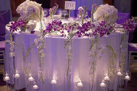 Sweetheart table; love the floor decor of candleholders