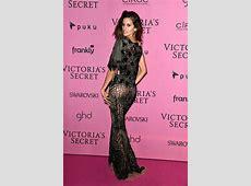 Izabel Goulart Photos Photos - Arrivals at the Victoria's ... Kevin Trapp