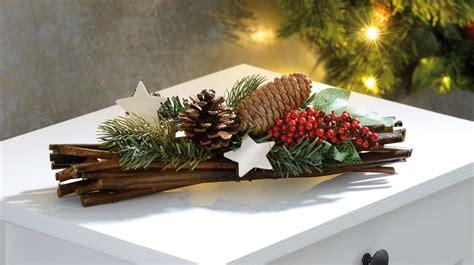 decoration table de noel avec du houx