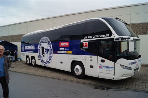 Wir Kaufen Dein Auto öffnungszeiten Heidenheim by Arminia Bielefeld Mannschaftsus Foto Bild Bus