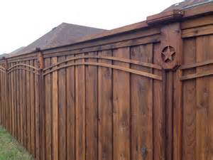 Fence Company 1000 Ideas About Wood Privacy Fence On Wood