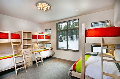 six in bedroom interior design ideas for sleeping six people in a room