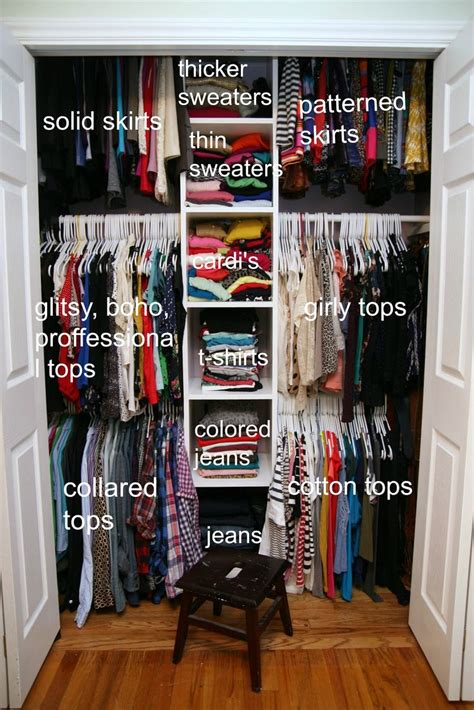 organizing bedroom closet 25 best ideas about small bedroom organization on