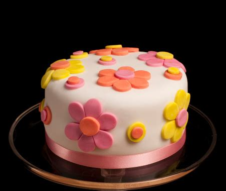 torte decorate fiori torta decorata con fiori di pasta di zucchero