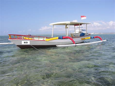 fishing boat bali bali traditional fishing boat trolling jigging fishing