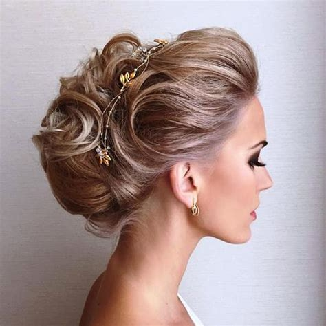 Voluminous Hairstyles by 40 Sparkly And New Year Hairstyles