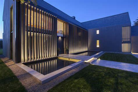 Modern Barn House / Rios Clementi Hale Studios   ArchDaily