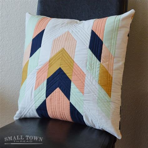 quilting pillow tutorial modern tribal pillow pattern by smalltownthread craftsy