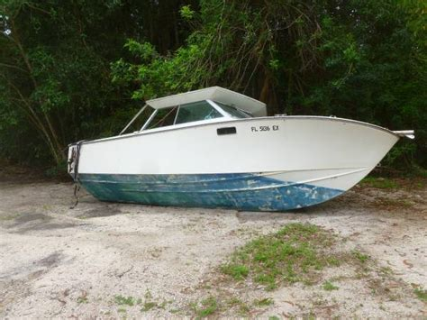 free boats gone free 22 foot boat with cuddy cabin south fort