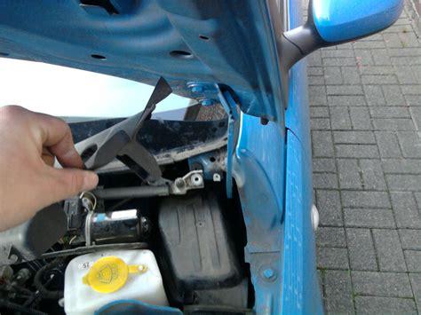 Wasser Im Auto by Plastikverkleidung Weg Wasser Im Auto Opel Corsa C