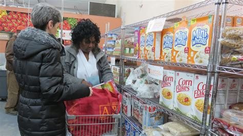 bed stuy caign against hunger nyc food pantries struggle to meet demand food bank for