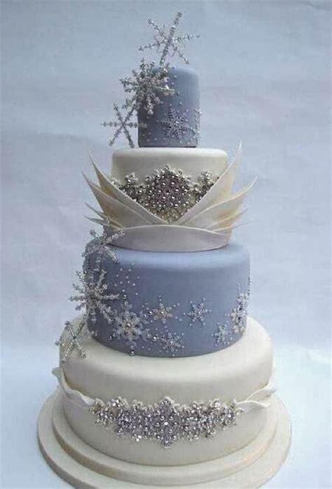 8 délicieux gâteaux de mariage pour une réception hivernale   Mariage.com