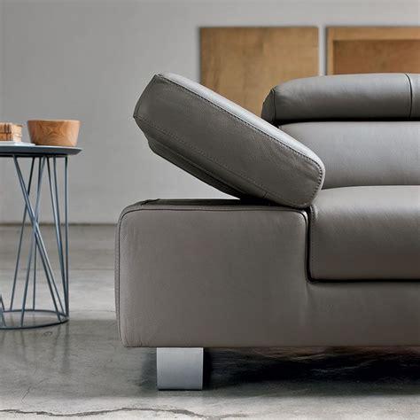 bracciolo divano bracciolo di divano in pelle grigio scuro living e
