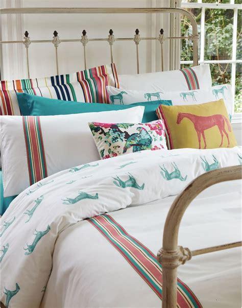 horsey bedrooms best 25 horse bedding ideas on pinterest horse rooms