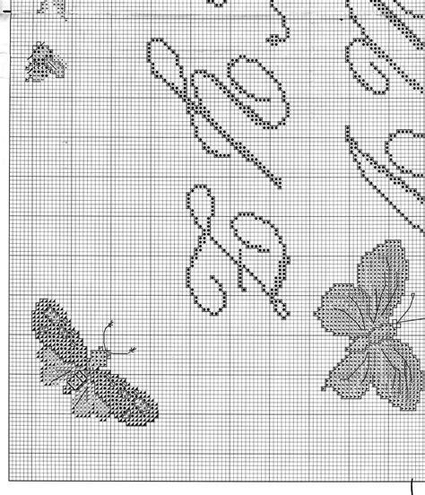 lettere corsive punto croce sler punto croce con lettere corsive e farfalle 5
