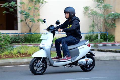 Baterai Viar Q1 ini perhitungan ekonomis penggunaan skuter listrik viar q1
