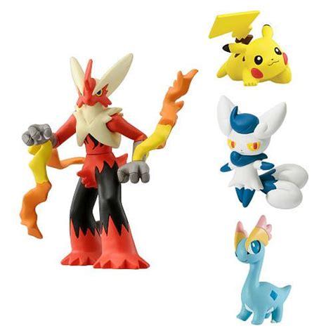 Figure Pikacu Pikachu Isi 4 xy 4 figure gift pack mega blaziken mistigrix pikachu amaura products