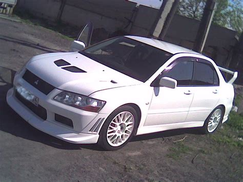 2001 mitsubishi lancer evo 2001 mitsubishi lancer evolution photos 2 0 gasoline