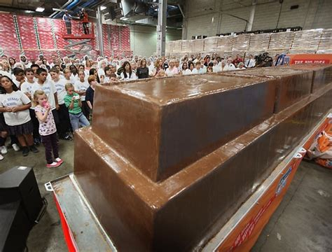 Top Bar Names In The World by New World Record World S Largest Chocolate Bar Bit Rebels