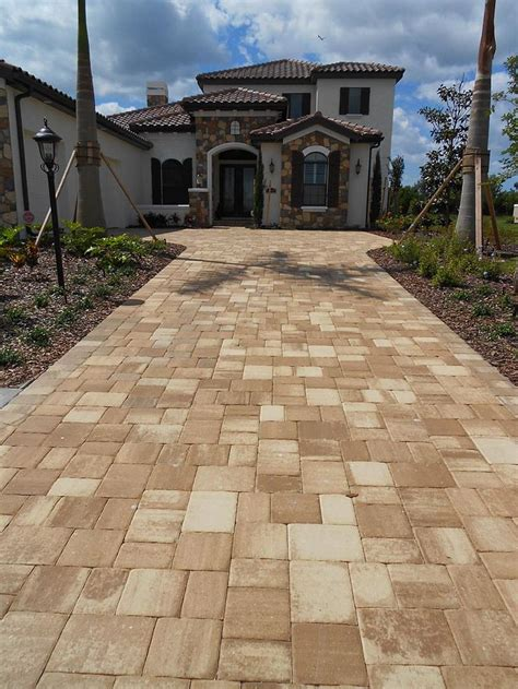 mega olde towne cappuccino paver driveway installed