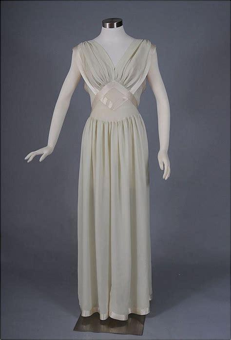 vintage nightgowns womens vintage pajamas vintage silk nightgown 1940 s sleepwear pinterest