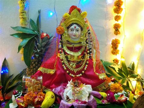 Decoration Of Lakshmi Pooja by 1000 Images About Pooja On Hindus House