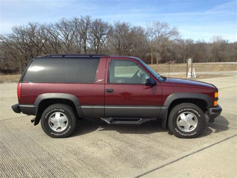 1999 2 Door Tahoe by Find Used 1999 Chevrolet Tahoe 2 Door 4x4 Sport W 74 000
