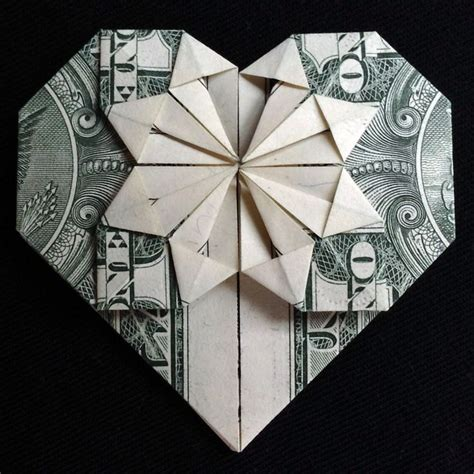 Origami Out Of Dollar Bills - 1000 images about money origami on