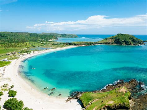 top places  visit  lombok indonesia travelearth