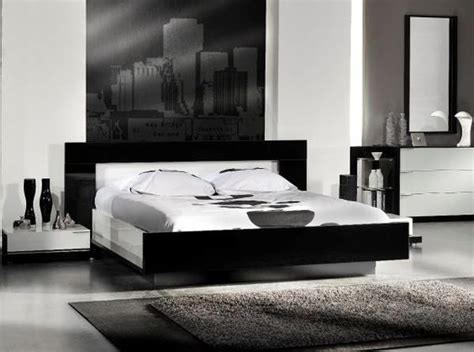 High Gloss Black And White Callis Bed By French Designer Black And White Gloss Bedroom Furniture