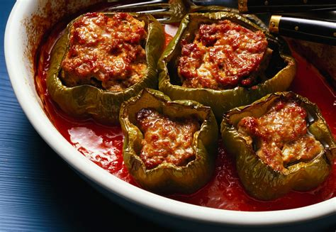 Cooks Whole White Pepper cooker stuffed peppers with ground beef